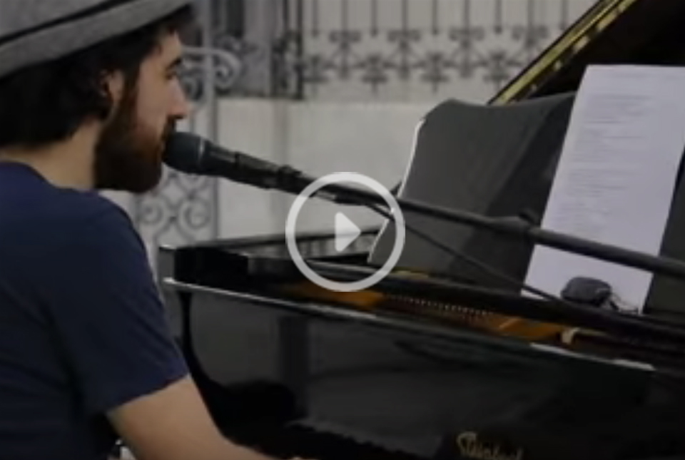 """Alberto Cipolla - """"People Help The People"""" (live cover)"""